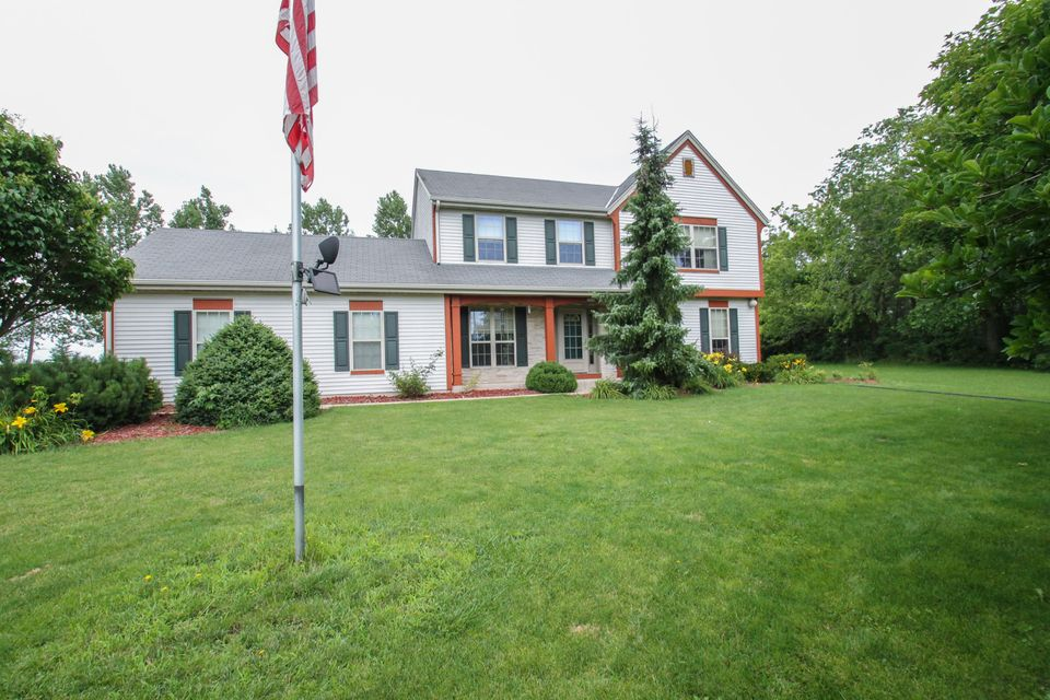 5120 w oakwood rd franklin wi 53132 for Bureau for sale near me