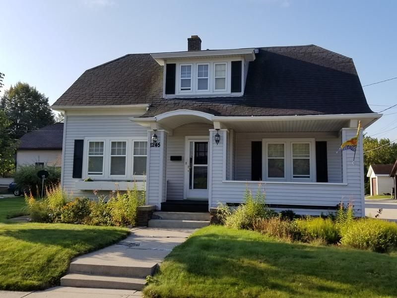 1245 oakland ave sheboygan wi 53081 for Bureau for sale near me