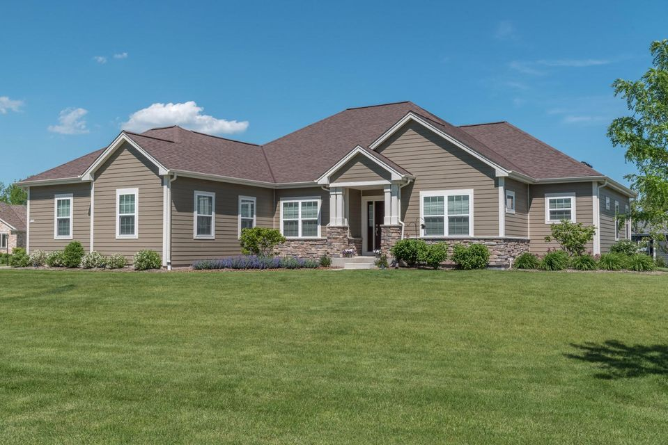 7208 w river birch dr mequon wi 53092 for Bureau for sale near me