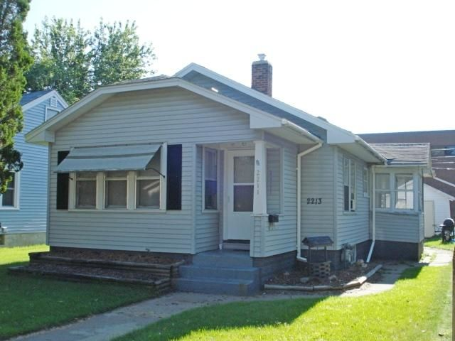 2211 16TH ST S<br /> La Crosse,La Crosse,54601,2 Bedrooms Bedrooms,1 BathroomBathrooms,Two-family,16TH ST S,1568849