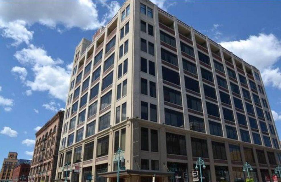 320 Buffalo St,Milwaukee,Wisconsin 53202,1 Bedroom Bedrooms,4 Rooms Rooms,1 BathroomBathrooms,Condominiums,Buffalo St,8,1569082