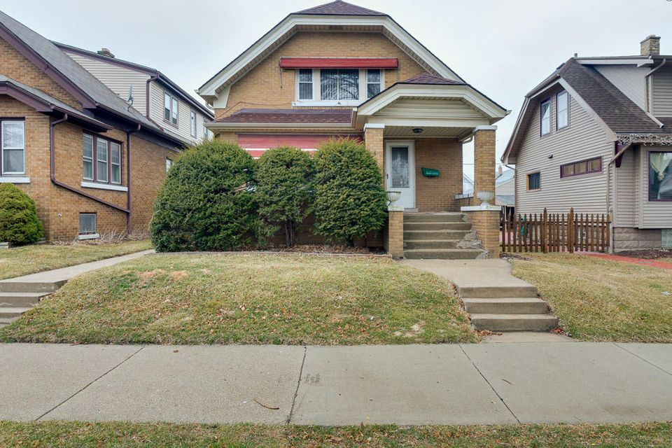 3441 8th,Milwaukee,Wisconsin 53215,2 Bedrooms Bedrooms,5 Rooms Rooms,1 BathroomBathrooms,Two-Family,8th,1,1574749