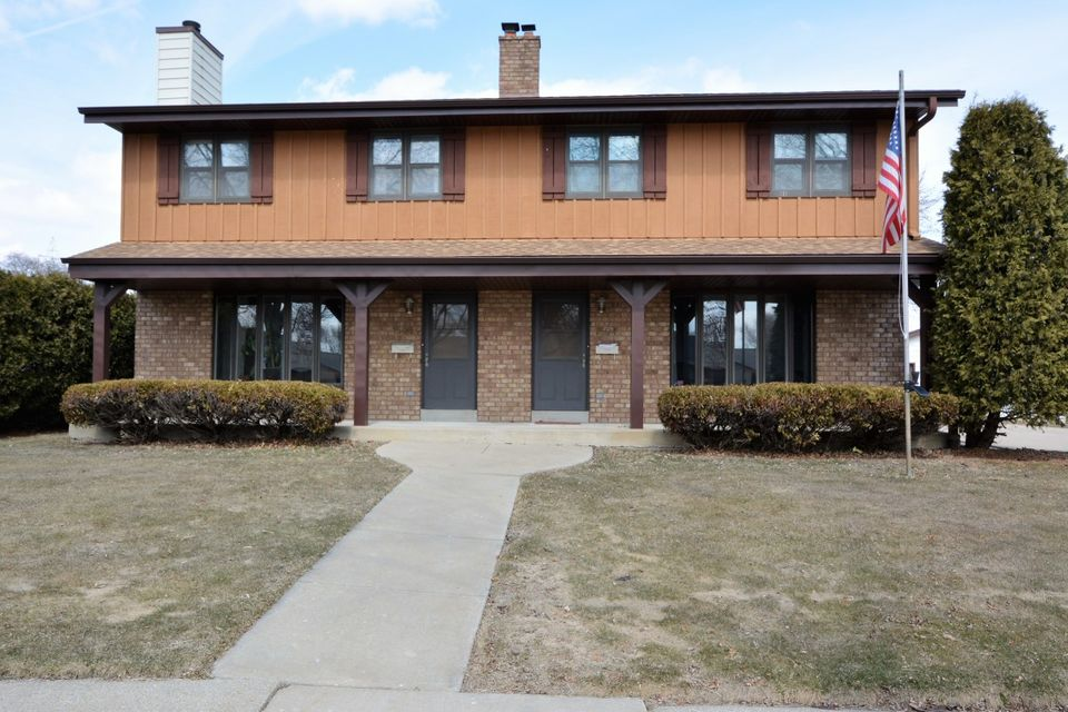 1504 Plainfield Ave,Milwaukee,Wisconsin 53221,3 Bedrooms Bedrooms,5 Rooms Rooms,1 BathroomBathrooms,Two-Family,Plainfield Ave,1,1575411