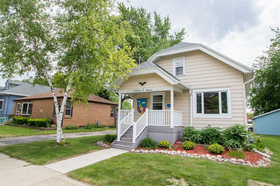 1507 Marquette Ave South Milwaukee Wi 53172 Home For Sale