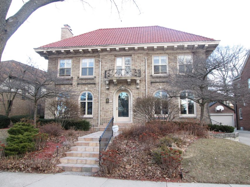 2805 Menlo,Shorewood,Wisconsin 53211,5 Bedrooms Bedrooms,4 BathroomsBathrooms,Rentals,Menlo,1590321