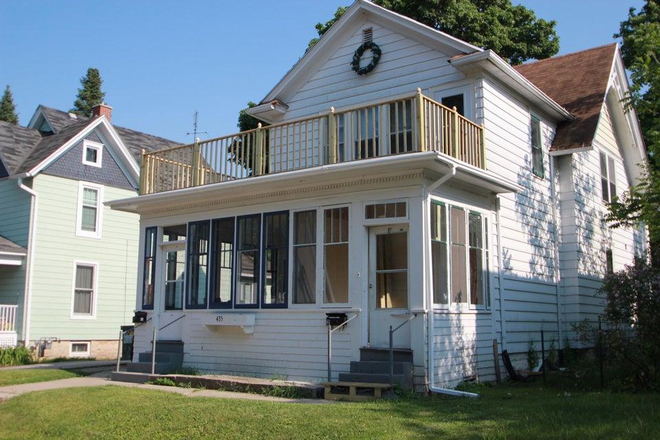 435 Dunbar Ave,Waukesha,Wisconsin 53186,2 Bedrooms Bedrooms,1 BathroomBathrooms,Rentals,Dunbar Ave,2,1590021