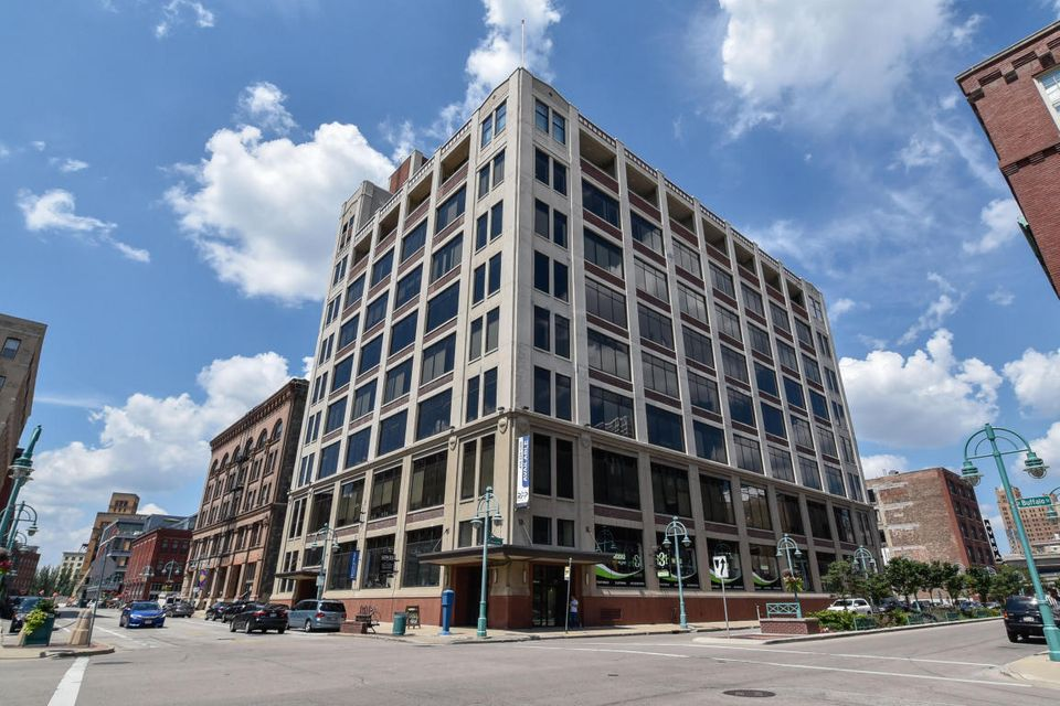 320 Buffalo St,Milwaukee,Wisconsin 53202,2 Bedrooms Bedrooms,2 BathroomsBathrooms,Rentals,Buffalo St,8,1590051