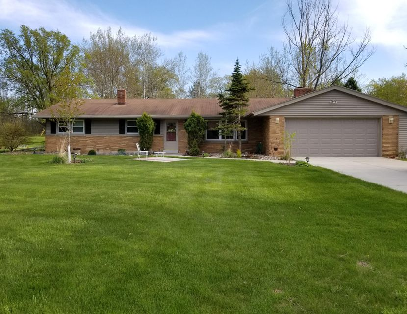 801 San Jose LN,Mequon,Wisconsin 53092,3 Bedrooms Bedrooms,2 BathroomsBathrooms,Rentals,San Jose LN,1590174