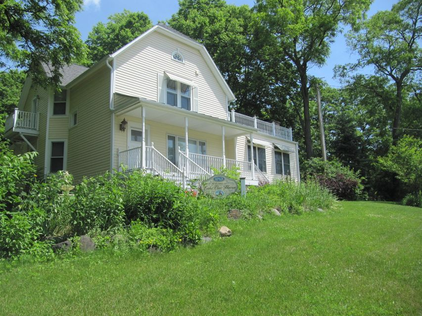 1713 Main St,Lake Geneva,Wisconsin 53147,3 Bedrooms Bedrooms,7 Rooms Rooms,2 BathroomsBathrooms,Rentals,Main St,1590256
