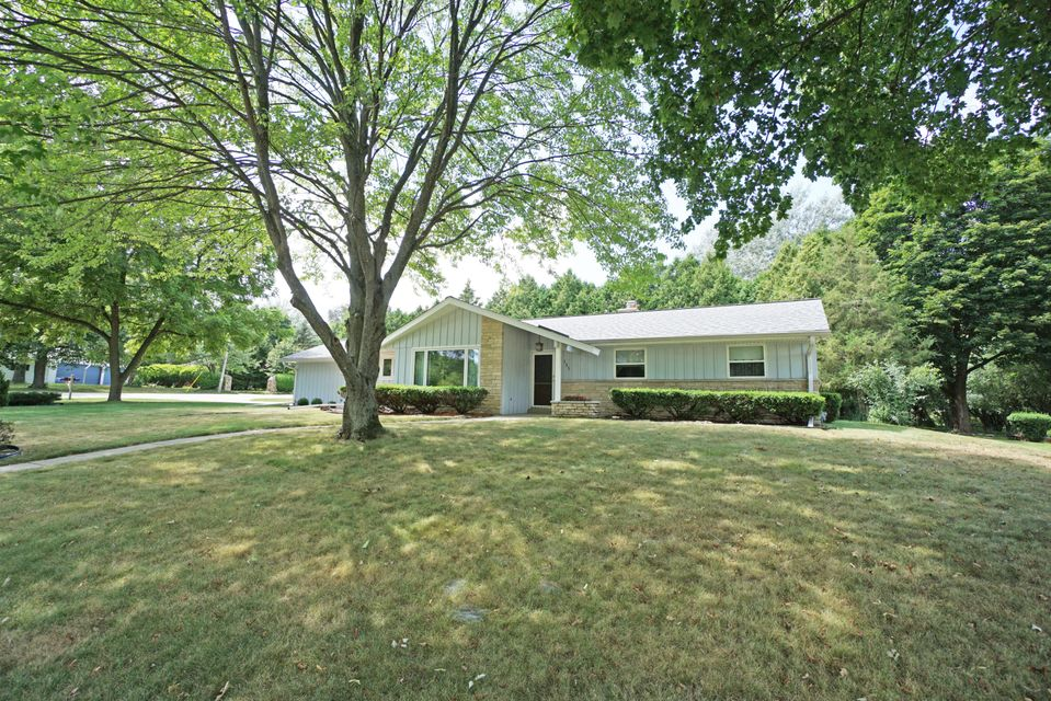 151 Terrace Ln,Hartland,Wisconsin 53029,3 Bedrooms Bedrooms,7 Rooms Rooms,1 BathroomBathrooms,Single-Family,Terrace Ln,1598622