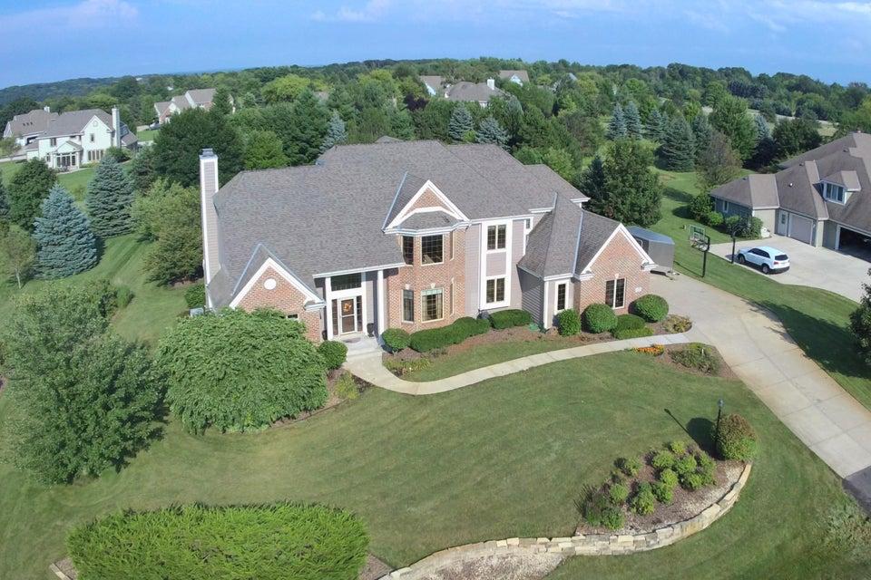 W289N3752 Huntsman Ct,Delafield,Wisconsin 53072,4 Bedrooms Bedrooms,11 Rooms Rooms,3 BathroomsBathrooms,Single-Family,Huntsman Ct,1599049