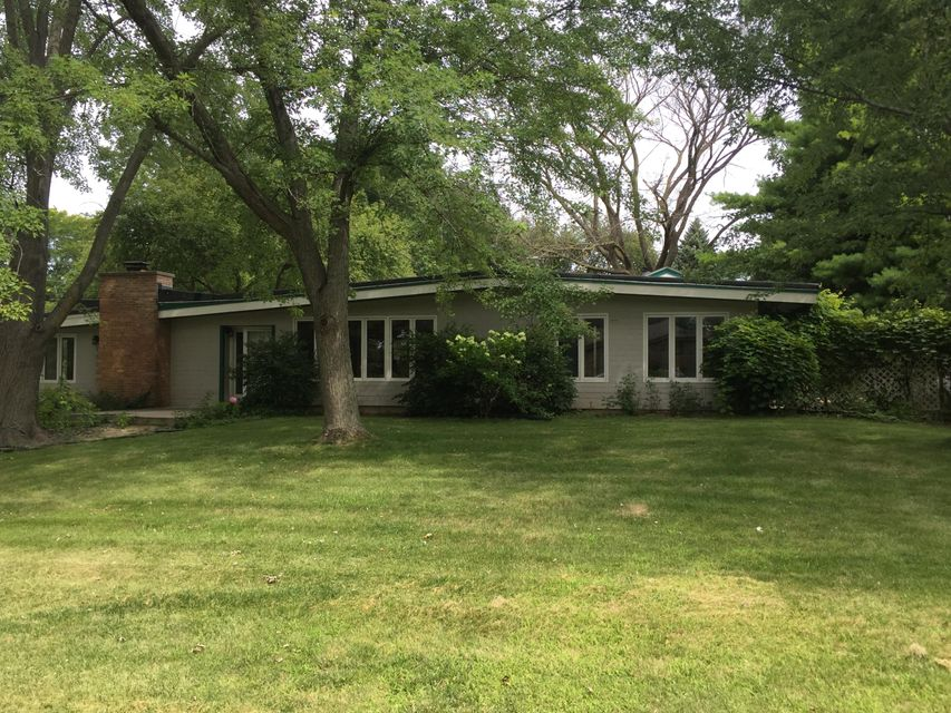 15230 Franklin Dr,Brookfield,Wisconsin 53005,3 Bedrooms Bedrooms,2 BathroomsBathrooms,Single-Family,Franklin Dr,1599347