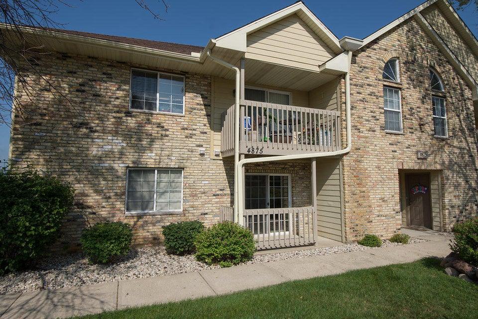 4875 Easy St,Delafield,Wisconsin 53029,2 Bedrooms Bedrooms,1 BathroomBathrooms,Condominiums,Easy St,1,1599993