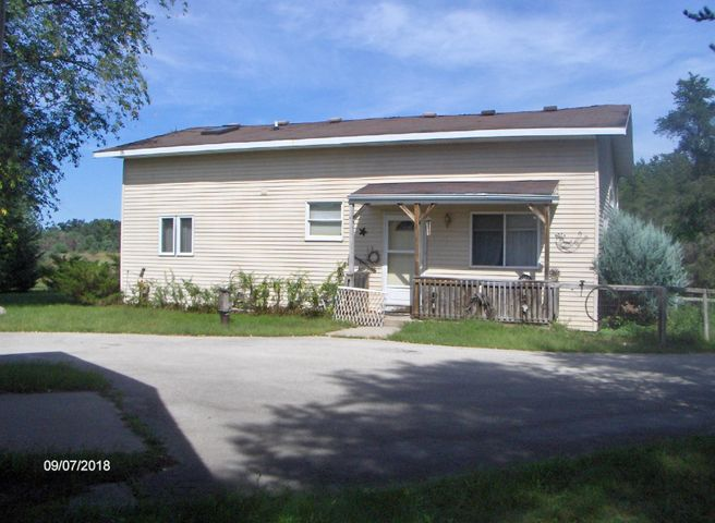 W8837 Townline Rd, Stephenson, WI 54114