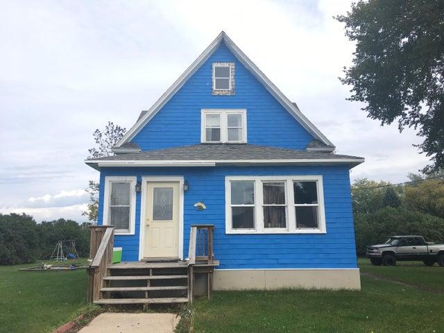 902 Cedar St, Wausaukee, WI 54177