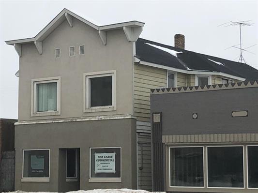 1943 Hall, Ave, Marinette, WI 54143