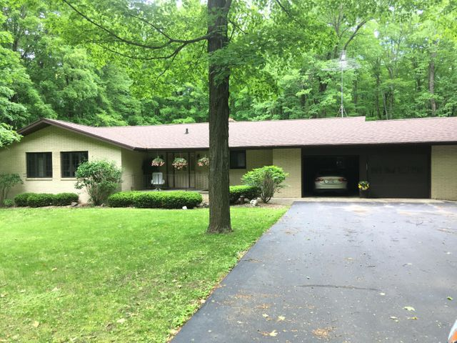 W7364 Creek Rd, Middle Inlet, WI 54177