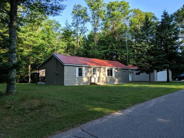 15665 Martini LN, Riverview, WI 54114