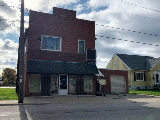 79 W Hosmer St, Marinette, WI 54143
