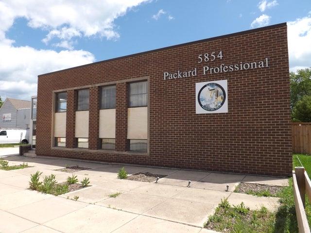 5854 S Packard Ave Cudahy, Wisconsin 53110-2660