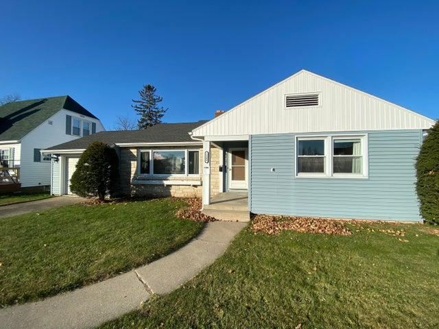1509 Pierce Ave, Marinette, WI 54143
