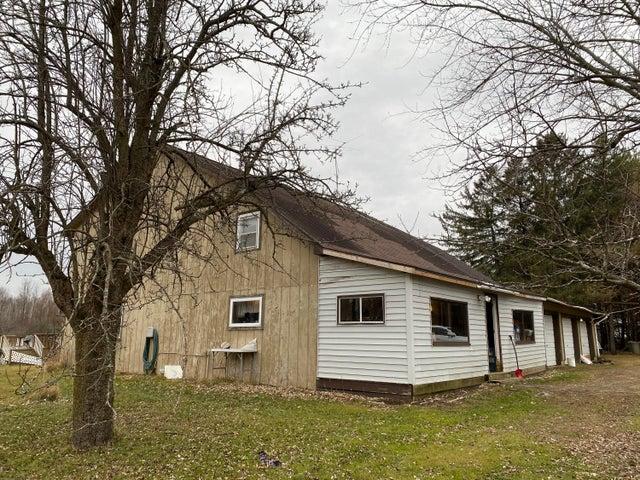 W2465 Nettleton Rd, Porterfield, WI 54143