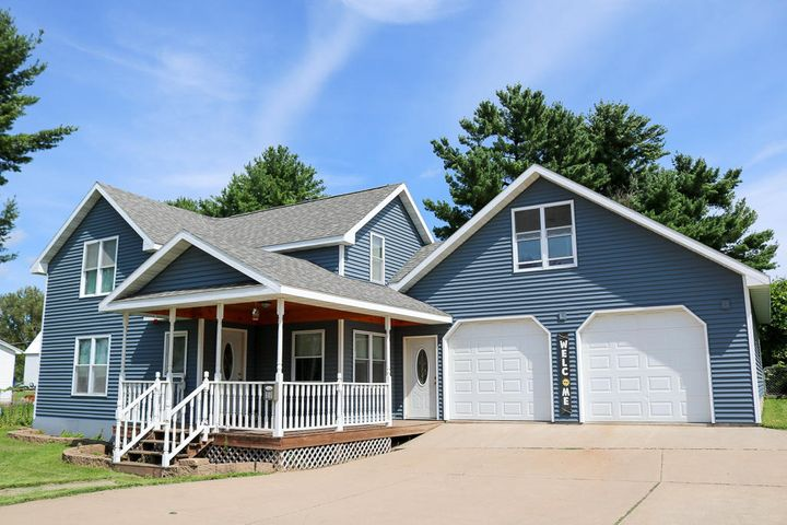5 bedroom, 3 bath remodeled home with fenced in back yard and beautiful porch. Large master bedroom with walk in closet and large bathroom. Other bedrooms are nice size! Room for everyone!