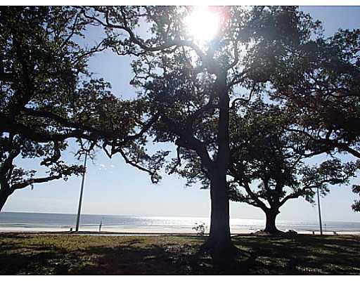 2524 Beach Blvd Biloxi MS 39531