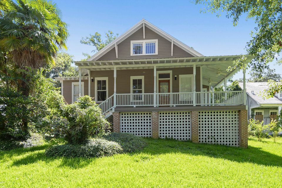 Half a block off the beach with beach views from the upstairs windows. Steps from downtown Ocean Springs. Remodeled 1930's executive rental with hardwood floors, porches that oozes lots of charm! Two living areas and an office complete this picture.
