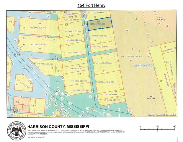 154 Fort Henry Ave, Pass Christian, MS 39571