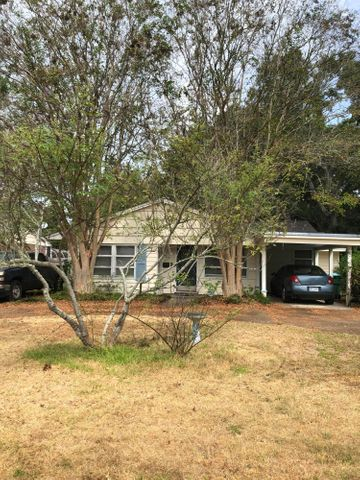 710 Mills Ave, Gulfport, MS 39501