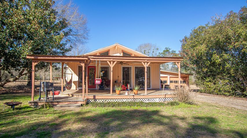 23323 Meaut Rd, Pass Christian, MS 39571