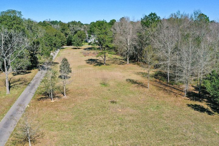 7470 Lazy Acres Rd, Pass Christian, MS 39571