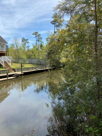 3506 Suzanne Ave, Pass Christian, MS 39571