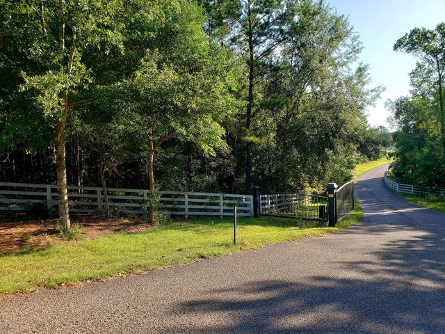 Lot 1 Mare Point Dr, Pass Christian, MS 39571
