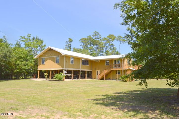 3492 Judy Ave, Pass Christian, MS 39571
