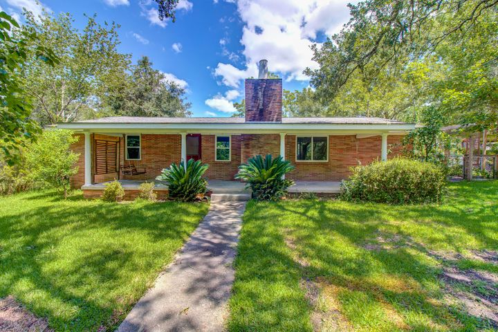 16240 Orange Grove Rd, Gulfport, MS 39503