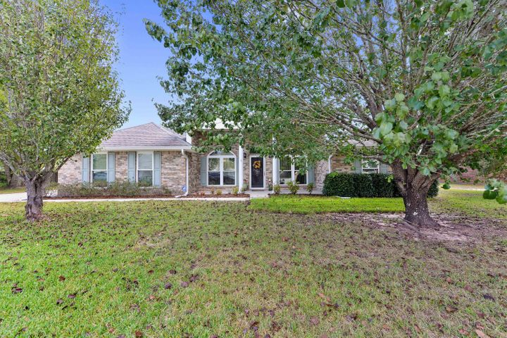 13116 Windrose Cir, Gulfport, MS 39503