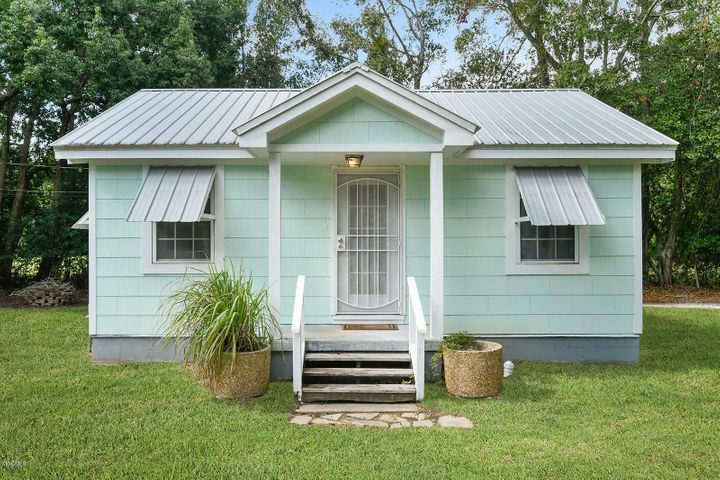 110 N Burke Ave, A, Long Beach, MS 39560