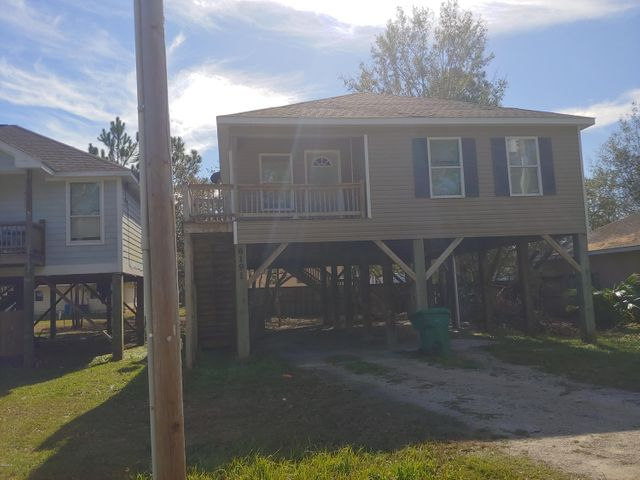 6191 W Forrest St, Bay St. Louis, MS 39520