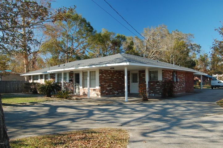 808 Magnolia St, Long Beach, MS 39560