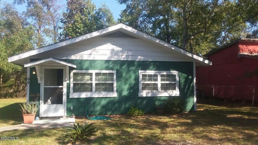 99 Francis St, Pass Christian, MS 39571