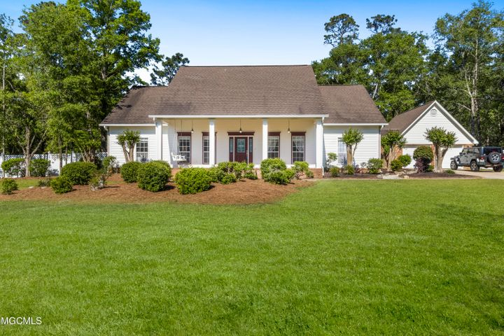 14552 S Country Wood Dr, Gulfport, MS 39503