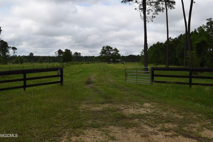 00 Acradia Farm Rd, Pass Christian, MS 39571