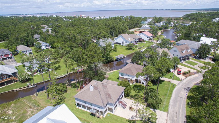 105 Youngswood Loop, Pass Christian, MS 39571