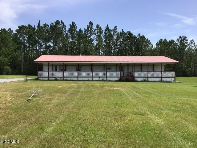 9233 Kiln Delisle Rd, Pass Christian, MS 39571