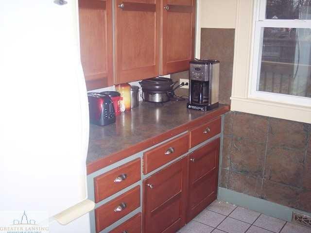 601 Denver Ave - Kitchen - 6
