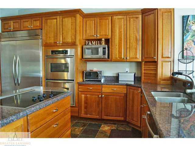 3945 Turnberry Ln - Additional Photo - 8
