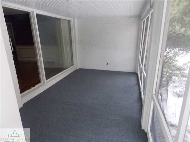 947 Roxburgh Ave - Additional Photo - 19