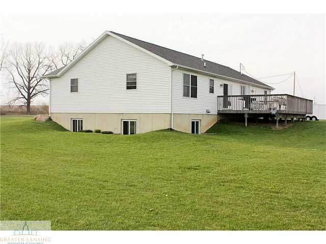 8823 S Morrice Rd - Additional Photo - 3